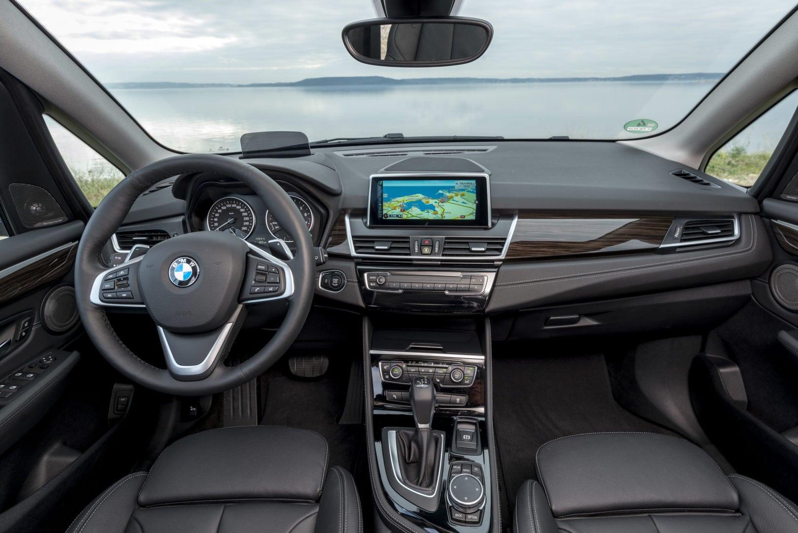 BMW_225i_xDrive_Active_Tourer_33