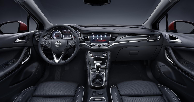 2016 astra cockpit